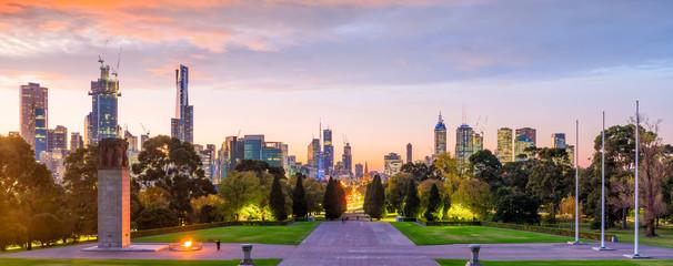 Fotomurales - Melbourne city skyline at twilight in Australia