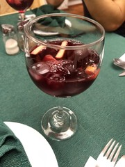 Una copa de vino en el almuerzo