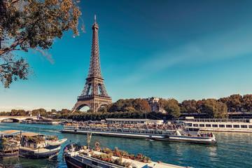 Wall Mural - Eiffel Tower in Paris in tourist season