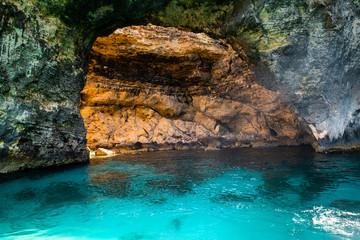 Fototapete - Comino island caves