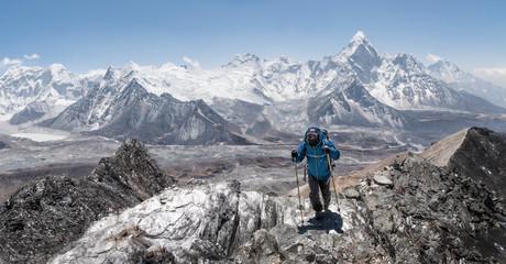 Nepal, Solo Khumbu, Everest, Mountaineer at Chukkung Ri