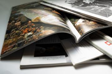 Obraz 雑誌の山 - fototapety do salonu
