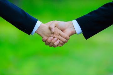 ビジネスシーン・握手