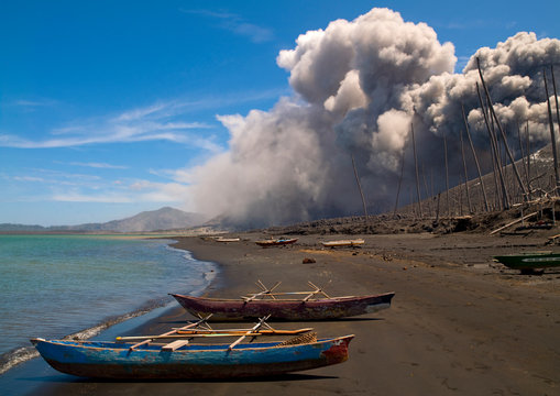 Volcanic Eruption In Tavurvur Volcano, Rabaul, New Britain Island, Papua New Guinea