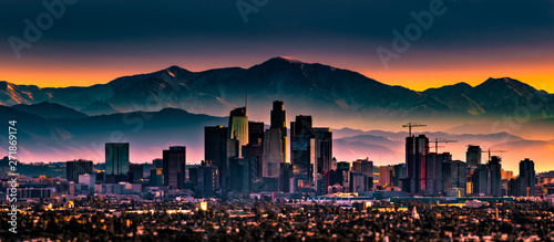 Wall mural Early morning sunrise overlooking Los Angeles California