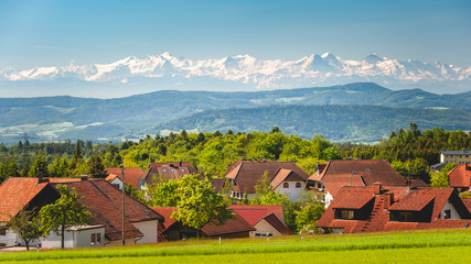 Alpenblick über Bergalingen Fototapete