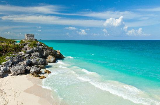 Yacimiento Arqueológico Maya de Tulum, Estado de Quintana Roo, Península de Yucatán, México, América