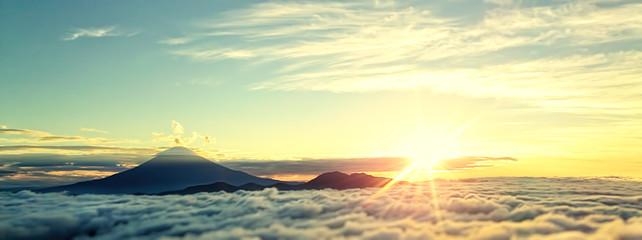 Obraz 神秘的な富士山 - fototapety do salonu