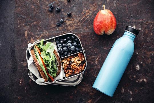 Food: Healthy school food in a lunch box, vegan