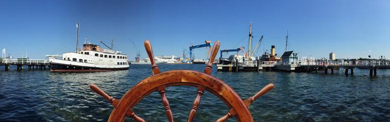 Kurs nehmen auf die Hafenstadt Kiel