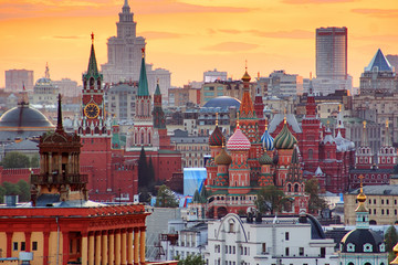 Tuinposter Moskou Sunset over Moscow