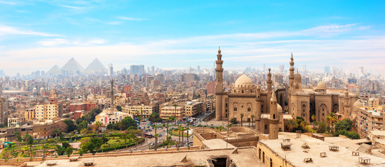 Fototapeta The Mosque-Madrassa of Sultan Hassan  in the panorama of Cairo, Egypt obraz