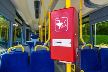 Fahrscheinautomat rot