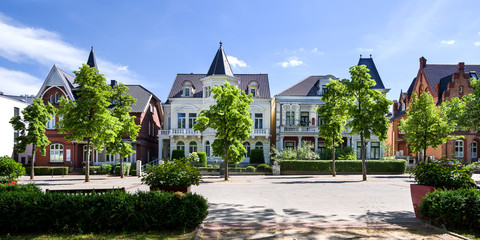 Panorama Bad Oeynhausen am Kurpark sonnig entzerrt