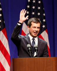 U.S. Democratic presidential candidate Mayor Pete Buttigieg waves to the crowd after delivering remarks on foreign policy and national security in Bloomington Indiana