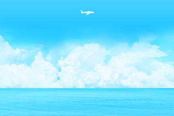 海と快晴の上空に浮かぶ雲、飛行機の形をした雲