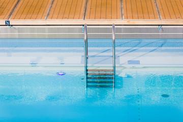 Swimmingpool auf einem Kreuzfahrtschiff