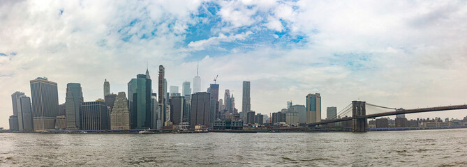 Fototapete - Panoramic view of Manhattan skyscrapers, New York city, sunny spring day