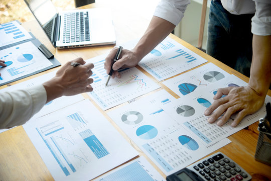 business businessman in meeting analyses