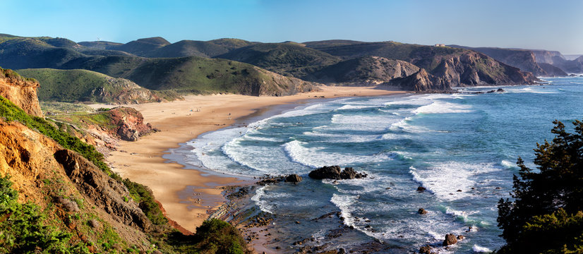 Praia do Amado in the Costa Vicentina natural park at the Atlantic Ocean at the Algarve, Portugal.