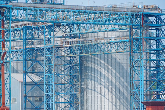 Grain terminal - transshipment complex