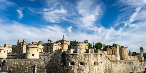 Tower of London at cloudy day Fototapete