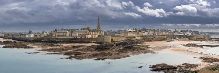 Fototapeta Les remparts de Saint Malo