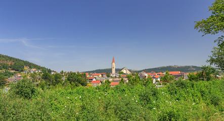 Blick auf die Granitstadt Hauzenberg bei Passau im Bayerischen Wald
