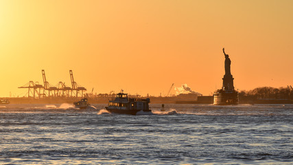 Sunset over Upper New York Bay (USA)