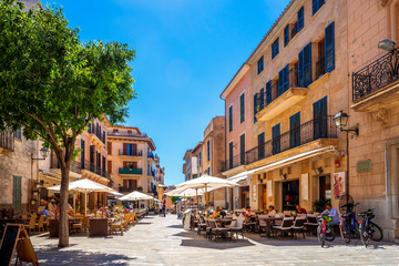 Wall Mural - Historische Altstadt von Alcúdia, Mallorca