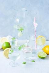 Fototapeta Lemoniada woda z cytryną
