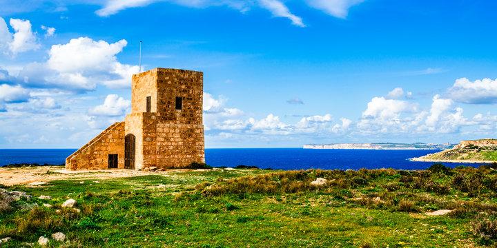 Ghajn Znuber Observation Tower, Melieha, Malta..