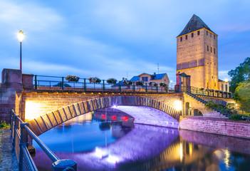 Straßbourg, Ponts couverts bei Nacht