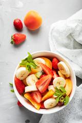 Estores personalizados com sua foto Bowl of healthy fresh fruit salad