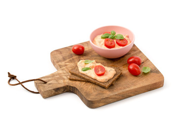 Tomate-Mozzarella- Brotaufstrich