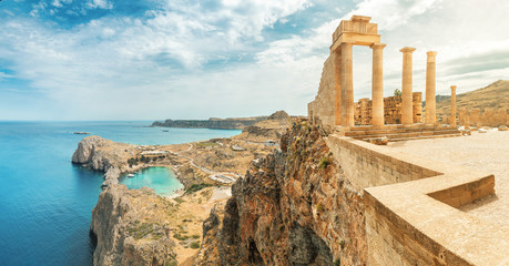 Famous tourist attraction - Acropolis of Lindos. Ancient architecture of Greece. Travel destinations of Rhodes island Fototapete