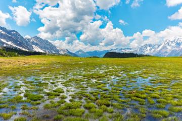 Valmalenco (IT) - Paesaggio primaverile all'Alpe Campagneda