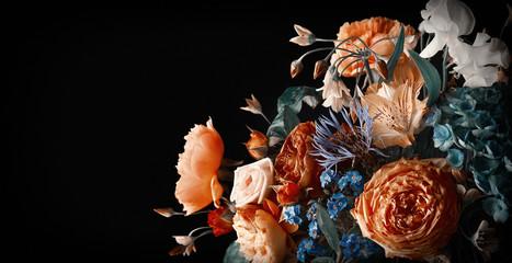 Papiers peints Fleuriste Beautiful bunch of colorful flowers on black background