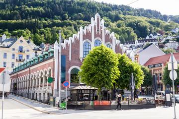 Gebäude am Stadtrand in Bergen