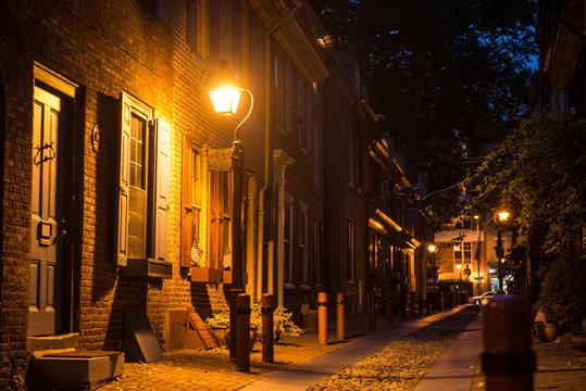 Old town stone street in Philadelphia, Pennsylvania at night time