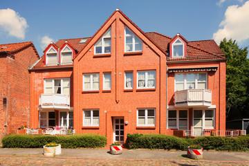 Wohnhaus, Mehrfamilienhaus, Wohngebäude