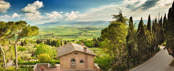 Landscape in Tuscany, Italy. Valley Val d Orcia Fototapete