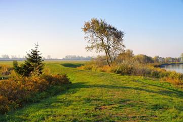 Ummanz Suhrendorf in Deutschland im Herbst - Suhrendorf on island Ummanz in Germany