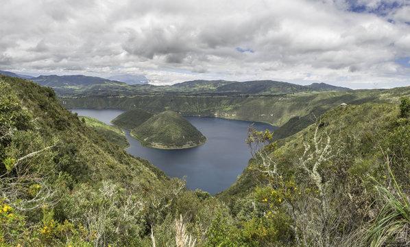 Lagune de Cuicocha 06