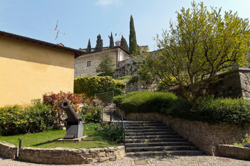 Castle of Brescia is the medieval castle complex on top of Cidneo Hill Fototapete