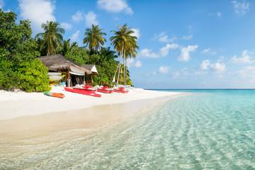 Wall Mural - Summer vacation at a beautiful beach resort on a tropical island