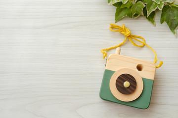 おもちゃのカメラ 手作り 木製 ハンドメイド