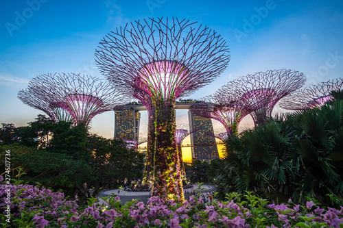Fototapete Singapore travel concept, landmark and popular for tourist attractions