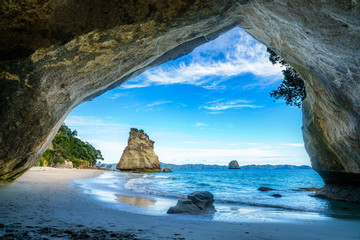 Foto auf Gartenposter Cathedral Cove view from the cave at cathedral cove,coromandel,new zealand 50