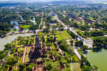 Wall Mural - Aerial view of Ayutthaya Historical Park and old temple in Aytthaya , Thailand.